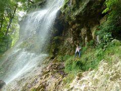 Kleine Abkühlung am Wasserfall