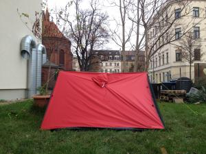 Joyn tent mode using trekking poles front view