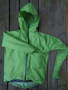 unibody rainjacket closed