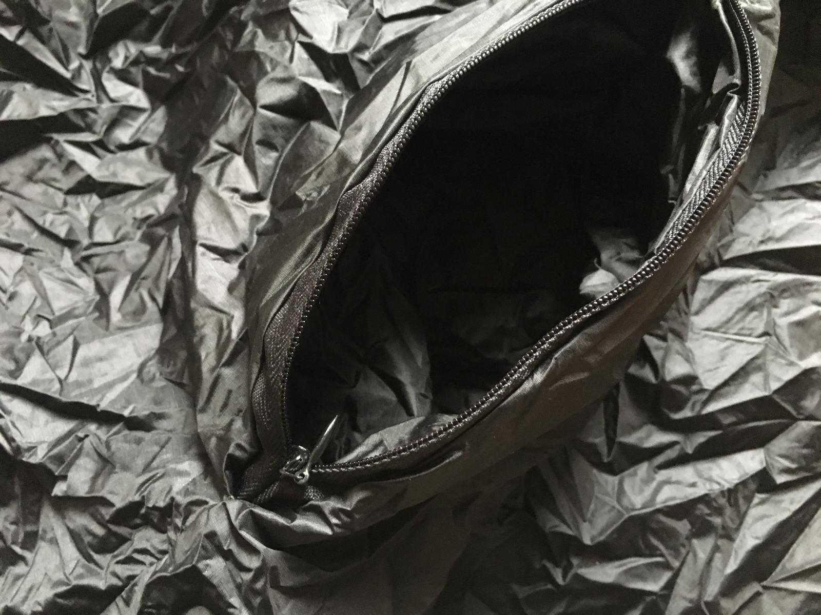 Unibody Black Zip Pocket Detail.jpg