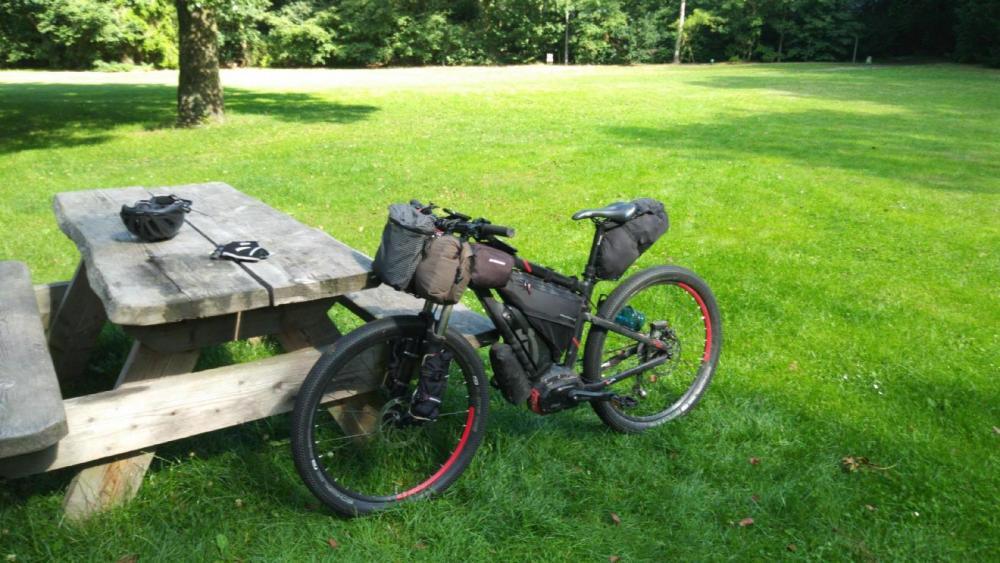 Bikepacking.thumb.jpg.11757814ec8bf9d748f7fdbdc690b547.jpg
